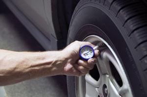 Halvdelen af danskerne kører med farligt dæktryk.